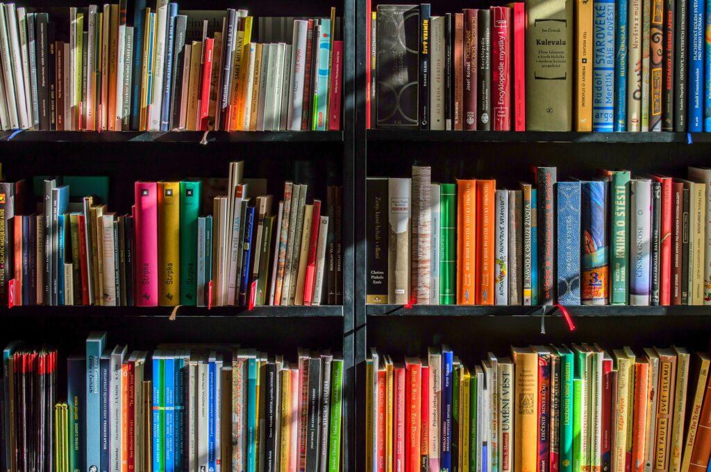 不動産屋が独立後、集客に困らないために読んでおくべき本5選